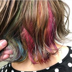 インナーカラー ショートヘア イルミナカラー ナチュラル ヘアスタイルや髪型の写真・画像