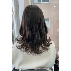 フェミニン ロング ヘアカラー ヘアスタイルや髪型の写真・画像