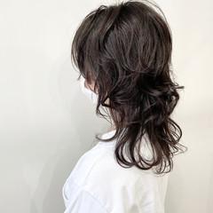 ナチュラルウルフ ウルフカット マッシュウルフ モード ヘアスタイルや髪型の写真・画像