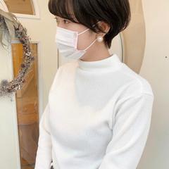 アッシュベージュ ショートヘア ナチュラル ショートボブ ヘアスタイルや髪型の写真・画像