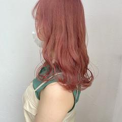ガーリー ラズベリーピンク ピンクブラウン ピンクベージュ ヘアスタイルや髪型の写真・画像