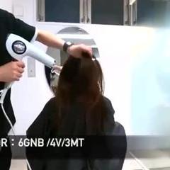インナーカラー ウルフカット ショートボブ 切りっぱなしボブ ヘアスタイルや髪型の写真・画像