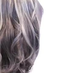 バレイヤージュ ストリート ヘアアレンジ ハイトーン ヘアスタイルや髪型の写真・画像