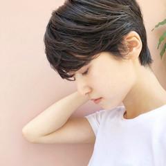 ショートヘア 大人かわいい ベリーショート ナチュラル ヘアスタイルや髪型の写真・画像