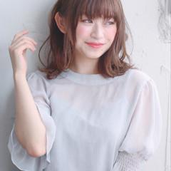 大人かわいい フェミニン オフィス デート ヘアスタイルや髪型の写真・画像