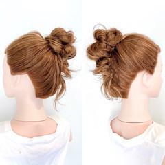 簡単ヘアアレンジ セルフヘアアレンジ お団子アレンジ ヘアアレンジ ヘアスタイルや髪型の写真・画像