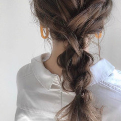 ナチュラル デート 簡単ヘアアレンジ ヘアアレンジ ヘアスタイルや髪型の写真・画像