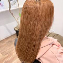 ブリーチカラー エレガント ベージュ オレンジベージュ ヘアスタイルや髪型の写真・画像
