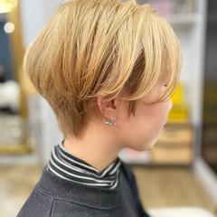 ショート ハンサムショート ショートヘア ベージュ ヘアスタイルや髪型の写真・画像