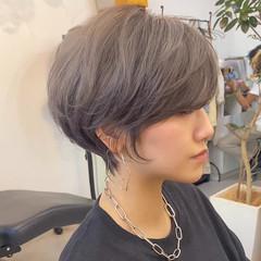 ブリーチカラー ショート ハイトーンカラー ショートボブ ヘアスタイルや髪型の写真・画像