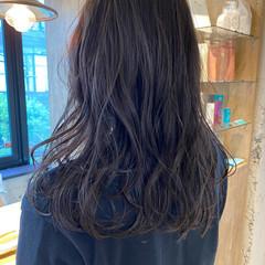 ゆるふわパーマ ブルージュ 暗髪 ミディアム ヘアスタイルや髪型の写真・画像