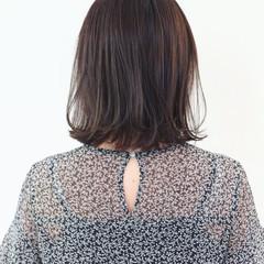 暗髪 切りっぱなし ボブ ガーリー ヘアスタイルや髪型の写真・画像