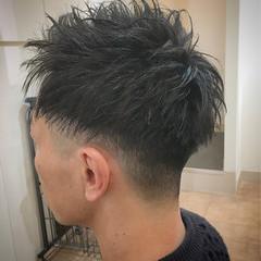 ショート アップバング フェードカット スキンフェード ヘアスタイルや髪型の写真・画像