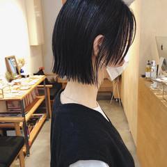 ナチュラル 黒髪 切りっぱなしボブ ウルフカット ヘアスタイルや髪型の写真・画像