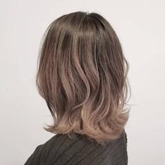 バレイヤージュ 外国人風カラー アッシュ ナチュラル ヘアスタイルや髪型の写真・画像