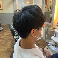 ショート メンズカット ナチュラル ツーブロック ヘアスタイルや髪型の写真・画像