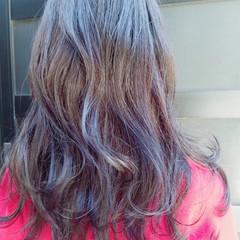 ロング モード グレージュ ピンク ヘアスタイルや髪型の写真・画像