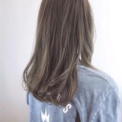 セミロング 大人ハイライト 抜け感 ニュアンスヘア ヘアスタイルや髪型の写真・画像