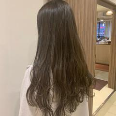 レイヤーロングヘア ストレート 大人ロング 大人可愛い ヘアスタイルや髪型の写真・画像