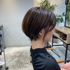 レイヤースタイル 鎖骨ミディアム メンズヘア ウルフカット ヘアスタイルや髪型の写真・画像