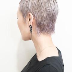 ショートヘア エレガント ショート ブリーチカラー ヘアスタイルや髪型の写真・画像