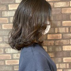 イルミナカラー ナチュラル 大人ミディアム 透明感 ヘアスタイルや髪型の写真・画像