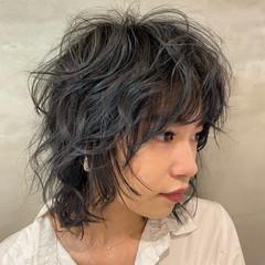 モード ミディアム ウルフカット レイヤーカット ヘアスタイルや髪型の写真・画像