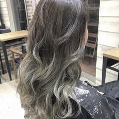 ヘアアレンジ エフォートレス アウトドア ロング ヘアスタイルや髪型の写真・画像