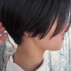 ナチュラル 前下がりショート 小顔ショート ショートヘア ヘアスタイルや髪型の写真・画像