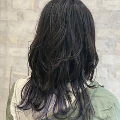 ネイビー モード ロング ウルフカット ヘアスタイルや髪型の写真・画像