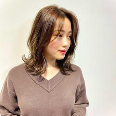 韓国ヘア ミルクティーベージュ 大人かわいい フェミニン ヘアスタイルや髪型の写真・画像