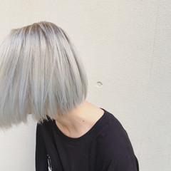 ハイトーン ブリーチ ショートボブ インナーカラー ヘアスタイルや髪型の写真・画像