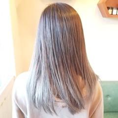 バレイヤージュ 外国人風カラー アディクシーカラー レイヤーロングヘア ヘアスタイルや髪型の写真・画像