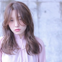 セミロング パーマ エフォートレス 外国人風 ヘアスタイルや髪型の写真・画像