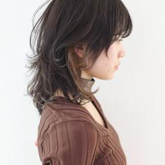 ウルフカット セミロング マッシュウルフ ストリート ヘアスタイルや髪型の写真・画像