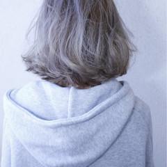 デート ブリーチ アウトドア ストリート ヘアスタイルや髪型の写真・画像