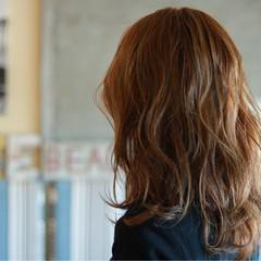 外国人風 ロング ウェーブ ゆるふわ ヘアスタイルや髪型の写真・画像