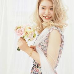 ピンク フェミニン ミディアム ブリーチ ヘアスタイルや髪型の写真・画像