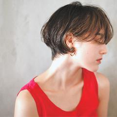 ショート マッシュショート ワンカールパーマ 毛先パーマ ヘアスタイルや髪型の写真・画像