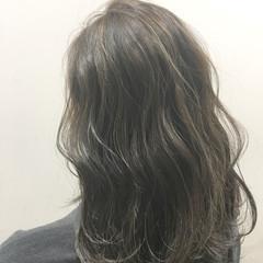 ストリート 外国人風 ヘアアレンジ 暗髪 ヘアスタイルや髪型の写真・画像