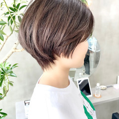 ショート デート オフィス ゆるふわ ヘアスタイルや髪型の写真・画像