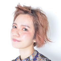 外国人風 ショート パーマ 前髪あり ヘアスタイルや髪型の写真・画像