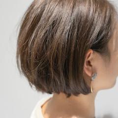 ショートボブ ナチュラル ミニボブ グレージュ ヘアスタイルや髪型の写真・画像