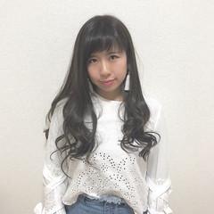 アンニュイ ロング モテ髪 アッシュ ヘアスタイルや髪型の写真・画像