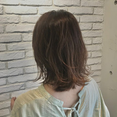 大人ミディアム デジタルパーマ 鎖骨ミディアム ひし形シルエット ヘアスタイルや髪型の写真・画像