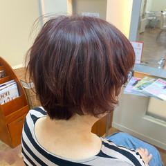 ショート レッド ナチュラル ショートヘア ヘアスタイルや髪型の写真・画像