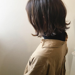 アッシュ ハイライト 切りっぱなし 冬 ヘアスタイルや髪型の写真・画像
