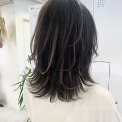 大人ハイライト コントラストハイライト ウルフカット 3Dハイライト ヘアスタイルや髪型の写真・画像