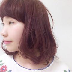 ラベンダーピンク ピンク キュート ラフ ヘアスタイルや髪型の写真・画像