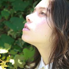 ハイライト ミディアム パーマ 透明感 ヘアスタイルや髪型の写真・画像